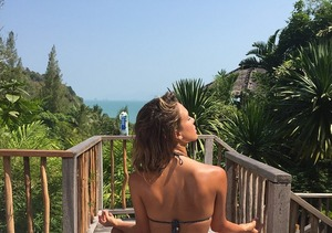 Jessica Alba's Incredible Bikini Body on Display in Thailand