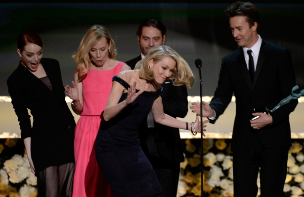 Oops! Naomi Watts Trips Onstage at SAG Awards