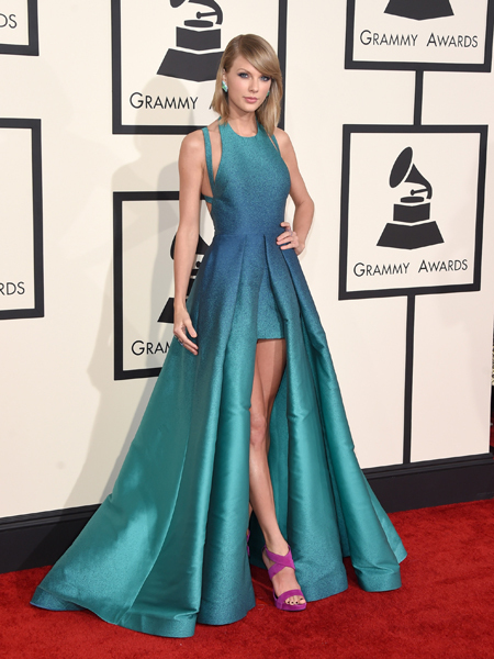 Taylor Swift\'s Ombre Turquoise Grammys 2015 Dress is a Red Carpet ...