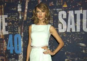 Taylor Swift's Week in Fashion!
