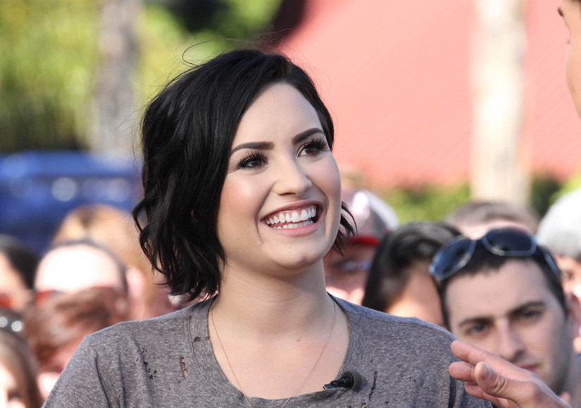 Demi Lovato Sets Record Straight on Health Scare