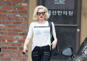 Steal Gwen Stefani's Edgy Street Style