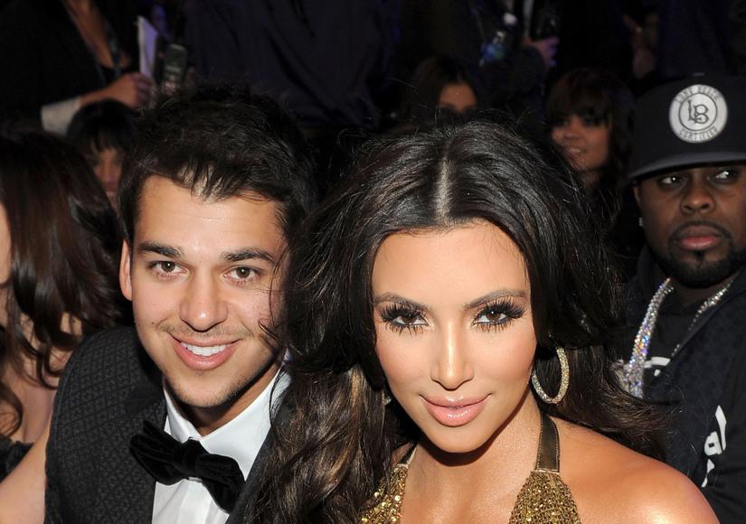 Fat Shaming! Kim Kardashian Pokes Fun at Rob's Weight Gain