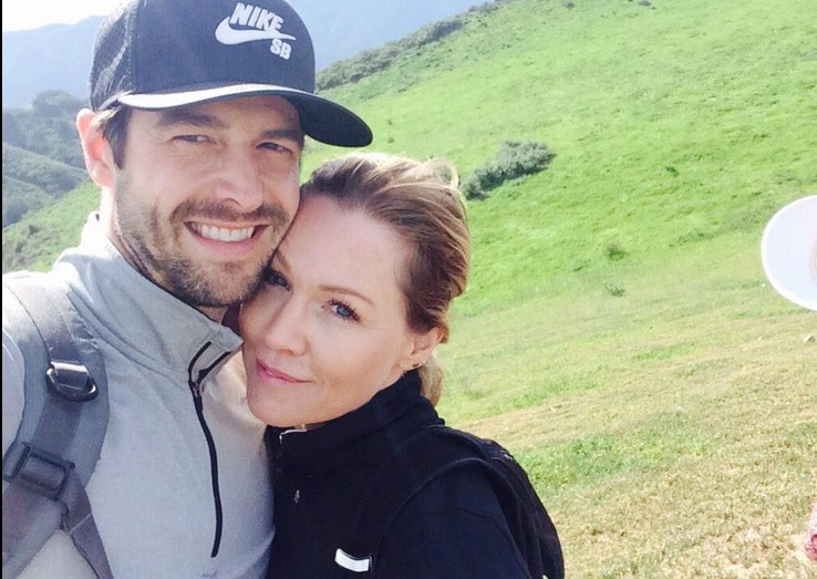Jennie Garth & Dave Abrams Engaged!