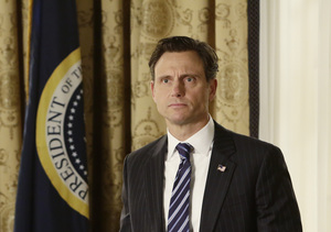 Tony Goldwyn Reveals 'Scandal' Secrets and Spoilers