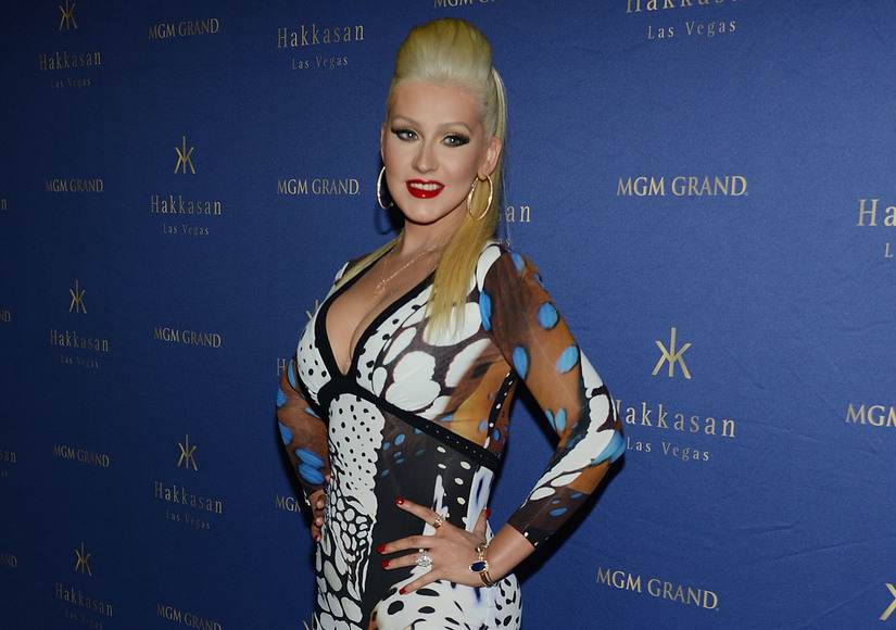 Looking Hot, Christina Aguilera Parties with Matthew Rutler in Vegas!