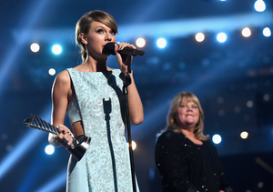 ACM 2015 Awards: Celeb Sightings, Superstar Duets and More!