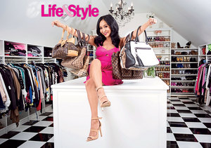 Video! Inside Snooki's Closet