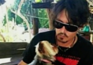Johnny Depp Flies His Dogs to Safety