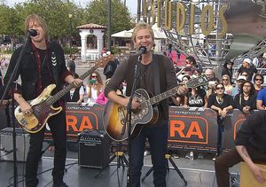 Watch Lifehouse Perform, Plus the Band Surprises One Lucky Superfan!