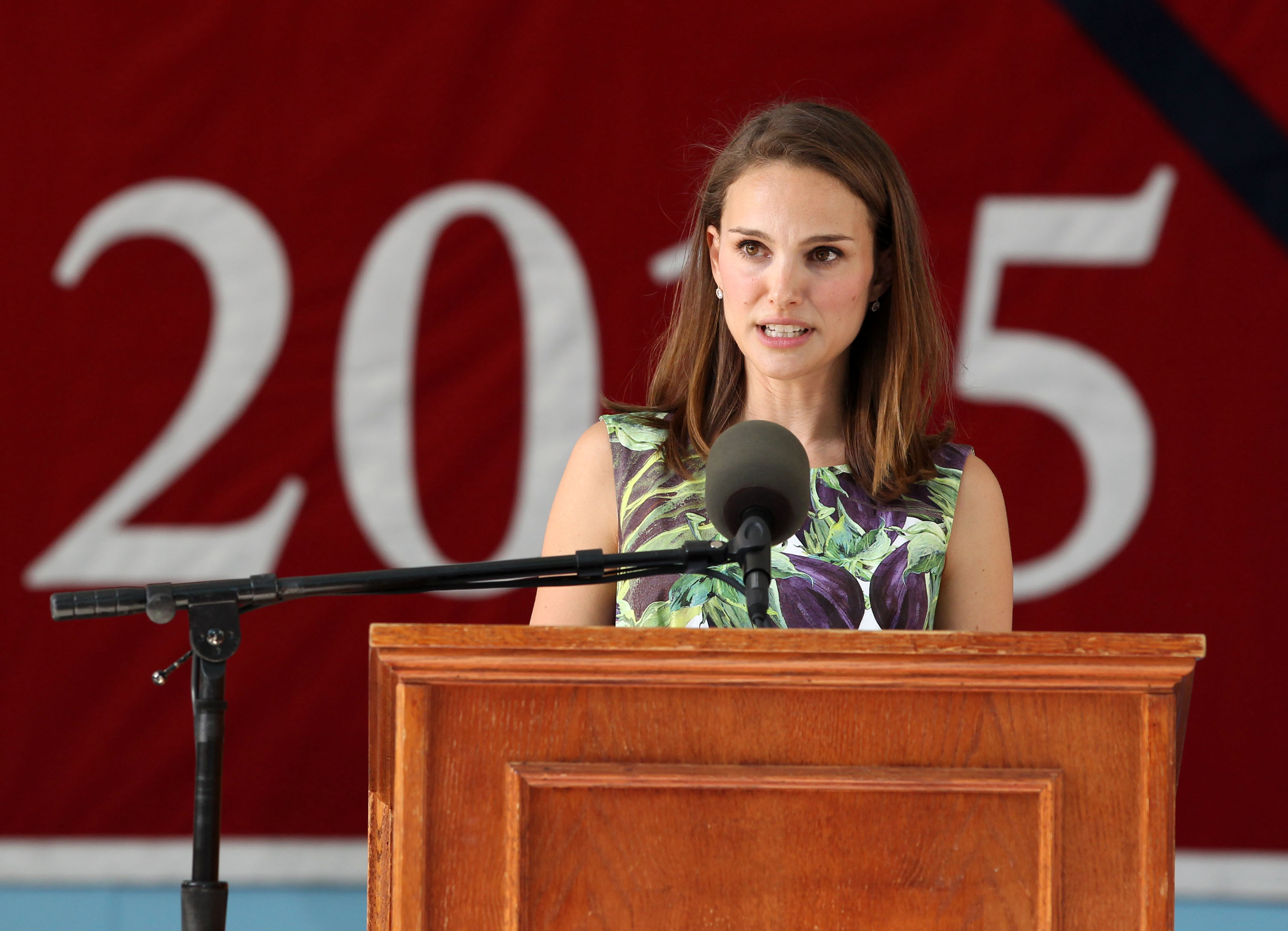 Natalie Portman Tells Harvard Grads About 'Dark Moments' and Fear of Being…