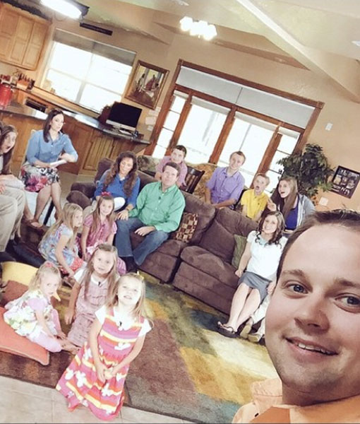 New Duggar Investigation, Plus Josh Duggar Hires Kate Gosselin's Former…