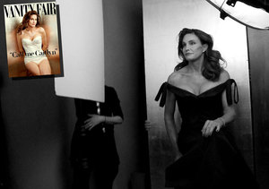 First Look! 'Extra' Takes You Behind the Scenes of Caitlyn Jenner's…