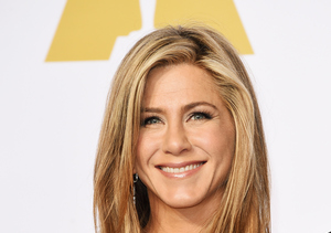 Jennifer Aniston Calls the Kardashians Her 'Guilty Pleasure,' Gushes Over…