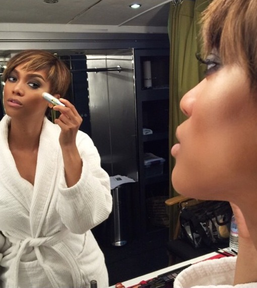 Tyra Banks Posts Makeup-Free Photo: 'You Deserve to See the Real Me'