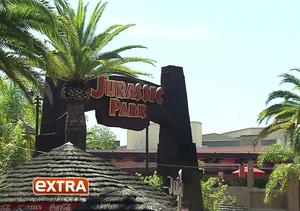 'Jurassic World' Star Ty Simpkins Takes the Plunge on Universal Studios'…
