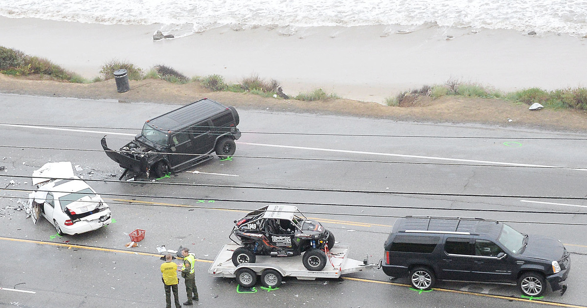 Caitlyn Jenner\'s Car Accident Caught on Surveillance Video | ExtraTV.com