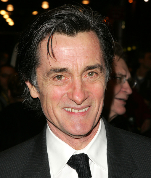'Cheers' Actor Roger Rees, a Broadway Veteran, Dies at 71
