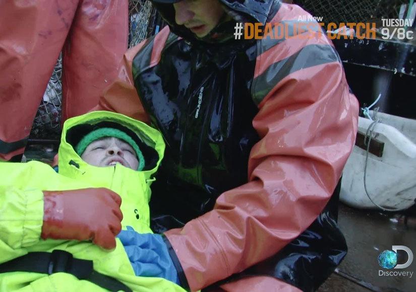 'Deadliest Catch' Sneak Peek! Crewman Injures Leg When Massive Wave Hits