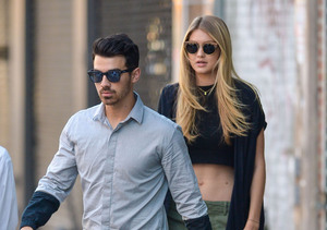 Joe Jonas Licked by GF Gigi Hadid — See the Snap!