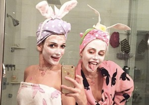 Beauty Roundup: Miley Cyrus Teaches DIY Skincare!