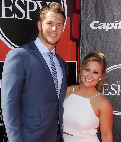 The Proposal: Shawn Johnson Gets Engaged at Wrigley Field!