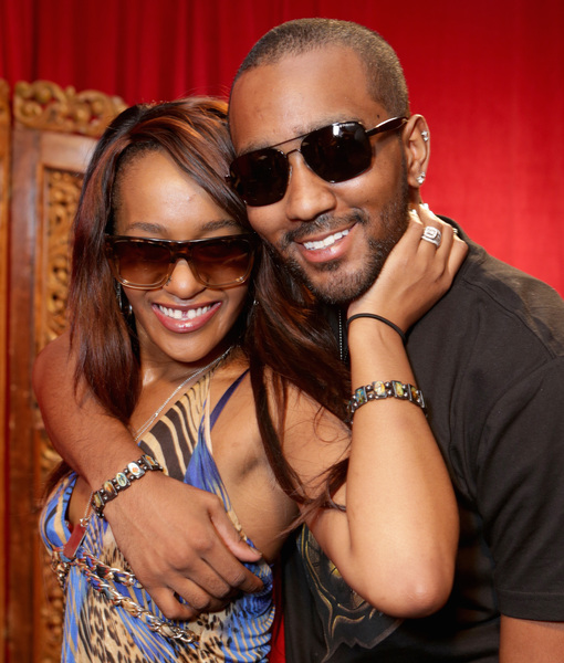 Neighbor Remembers Bobbi Kristina and Nick's 'Passionate' Relationship