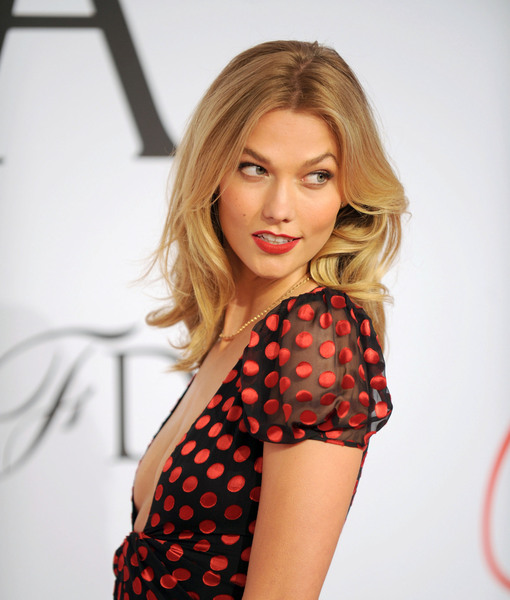 Karlie Kloss Turns Secret Agent