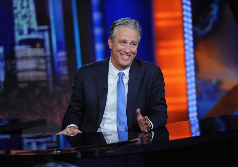 Jon Stewart Says Goodbye to 'Daily Show,' Stars Say Farewell