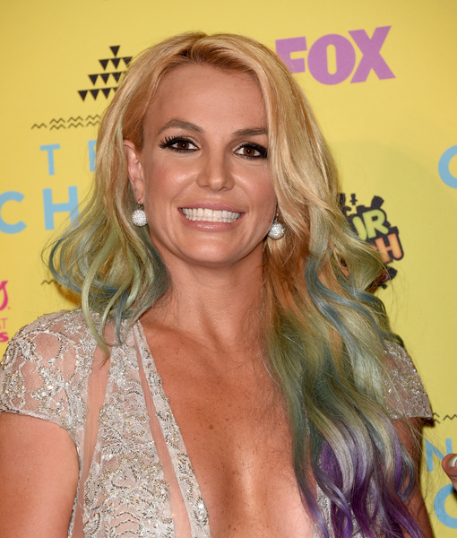 Britney Spears Shows off Rainbow Hair, Plunging Neckline at Teen Choice Awards