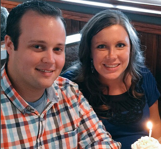 Josh Duggar's Wife Anna Comes Out of Hiding for Cousin Amy's Wedding