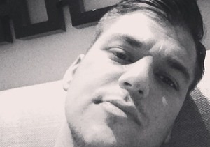 Rob Kardashian Looks Slimmer in Rare Selfie
