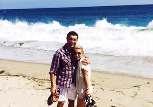 Britney Spears Posts Beach Photo with Mystery Guy, Has Blunt Message for All Men