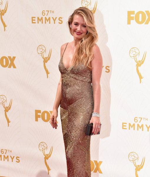 Cat Deeley Shows Off Baby Bump on Emmys Red Carpet