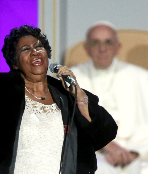 Mark Wahlberg Pulls the Pope's Leg, Aretha Franklin Offers 'Amazing Grace'