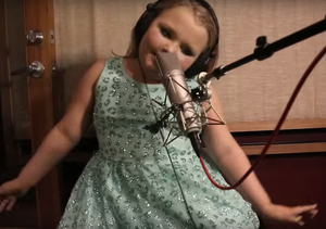 Extra Scoop: Must-See Video! Honey Boo Boo Is All Grown Up… and Rapping?!