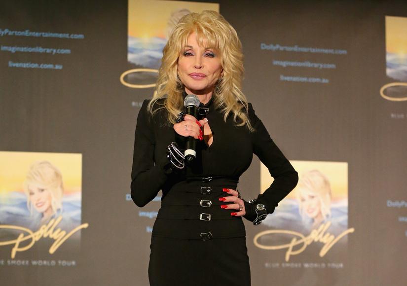 Dolly Parton Shuts Down Cancer Rumors, Reveals Actual Diagnosis