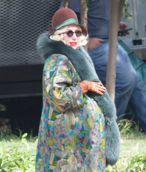 See Lady Gaga's Baby Bump on 'AHS' Set!