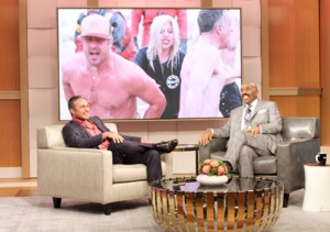 Watch Taylor Kinney Challenge Steve Harvey to Polar Plunge