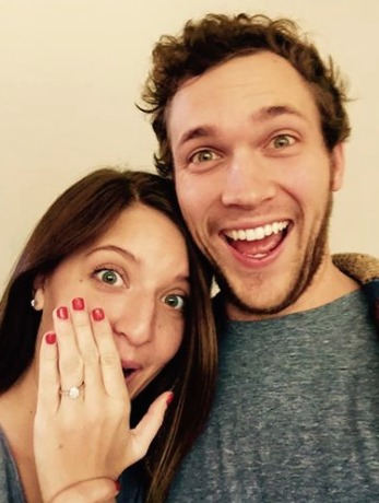 American Idol Phillip Phillips Weds!