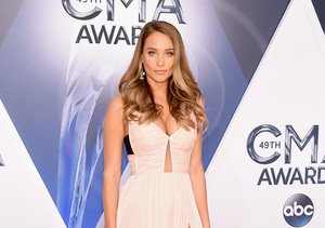 Hannah Davis on Derek Jeter's Wedding Proposal: 'I Didn't See That One Coming'