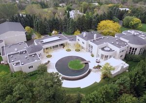 Mansions and Millionaires: Michael Jordan's $14 Million Estate