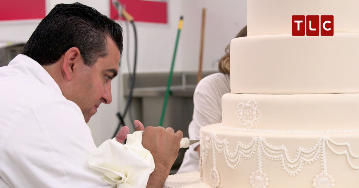 Buddy Valastro Makes One Of A Kind Wedding Cake For His Employee