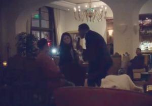 Justin Bieber Serenades Selena Gomez!
