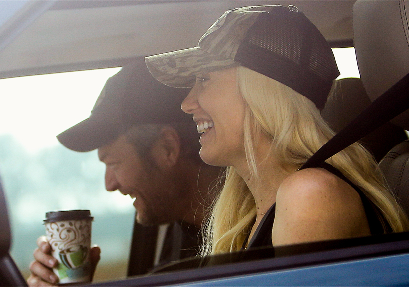 Gwen Stefani & Blake Shelton Are Just Too Cute in the Car!