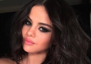 Selena Sets the Record Straight on Niall Horan