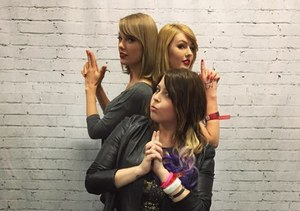 Taylor Swift Meets Her Look-alike Fan — See the Pic!