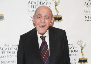 'Godfather' Star Abe Vigoda Dead at 94