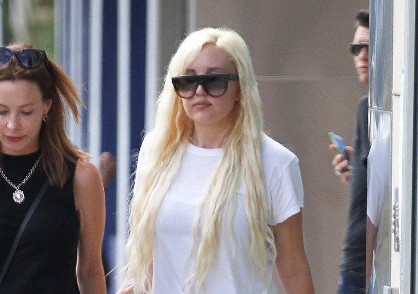 Amanda Bynes Debuts Shorter, Blonde Hair — See the Twitter Snap!