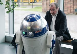 'Star Wars' R2-D2 Creator Tony Dyson Dead at 68